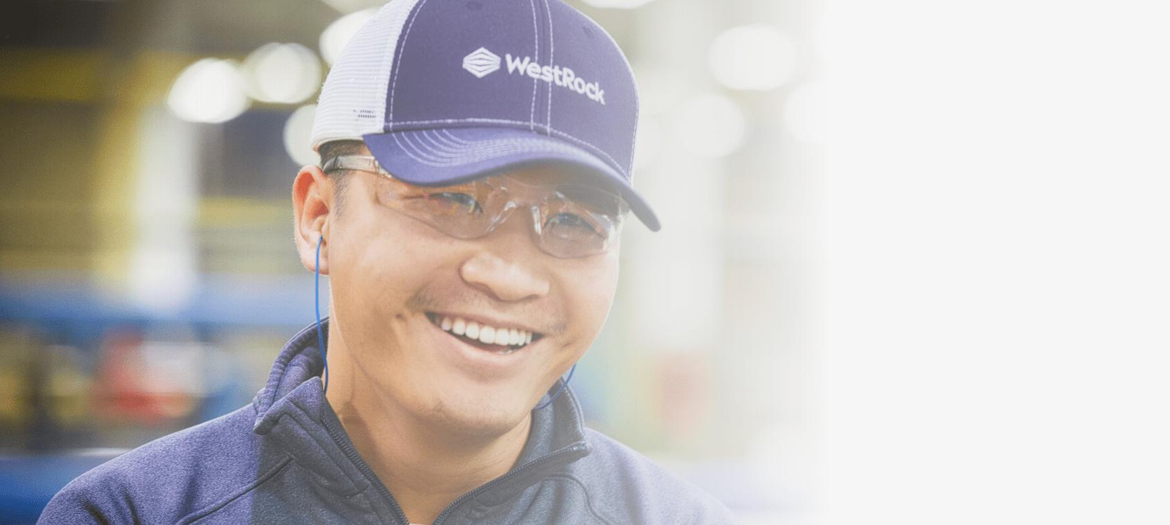 Empregos na WestRock variam desde fabricação e contabilidade até marketing e vendas.